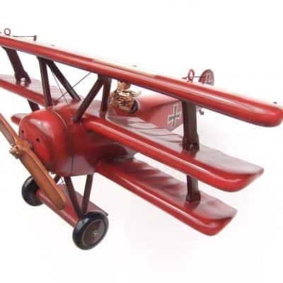 דגם מטוס אדום רד ברון
