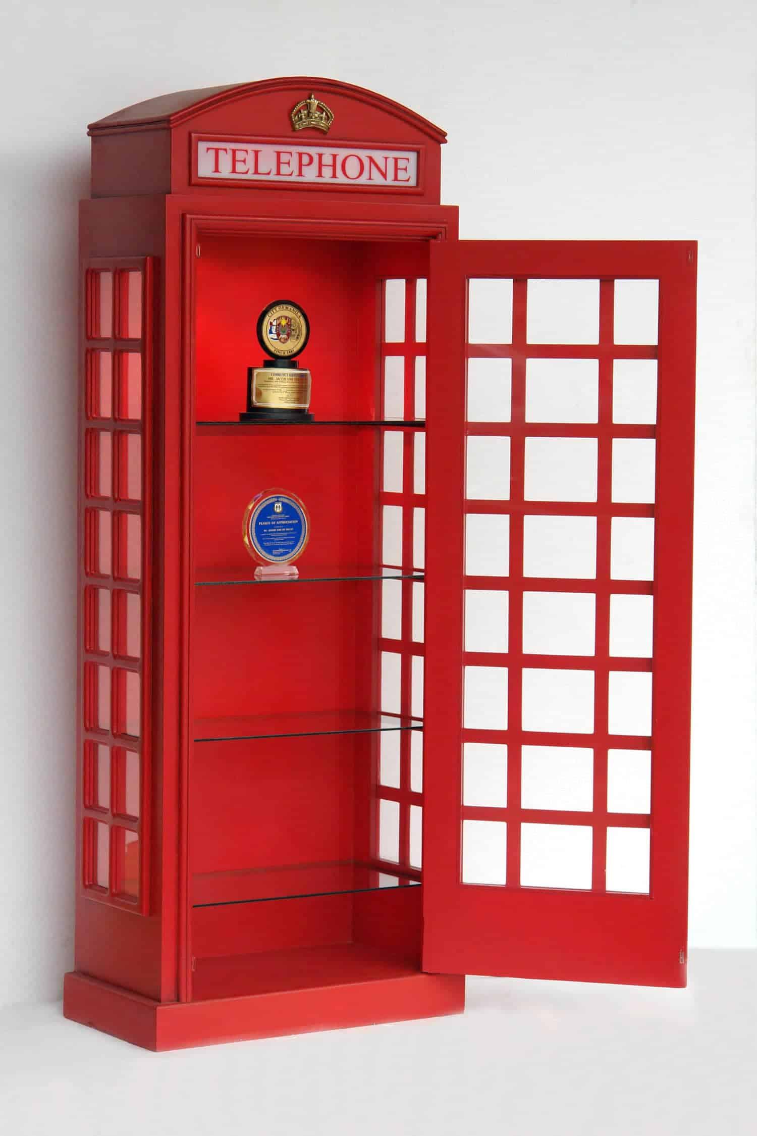 ארון תא טלפון עם מדפים