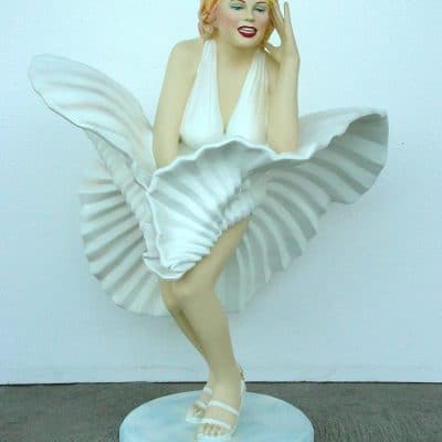 פסל של מרילין מונרו שמלה מתנפנפת