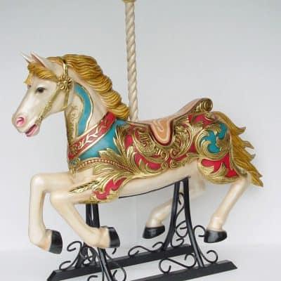 סוס צוהל קרוסלה