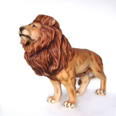 פסל של אריה שואג