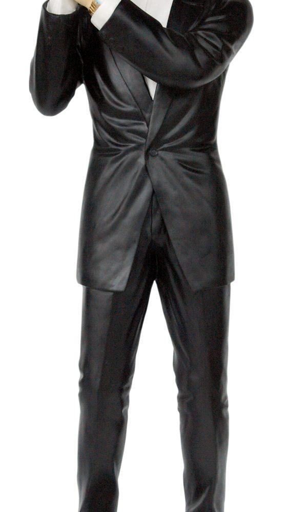 פסל של מיסטר בין