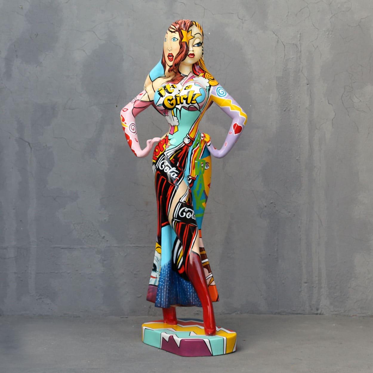 פסל של גאסיקה ראביט בפופ ארט