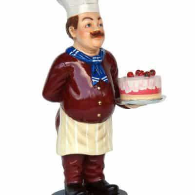 שף עם עוגה