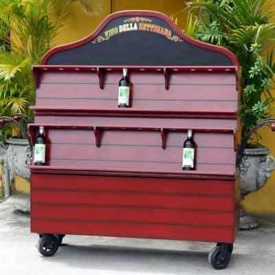 עגלת יין על גלגלים