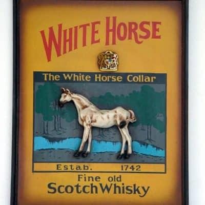 סוס לבן ויסקי