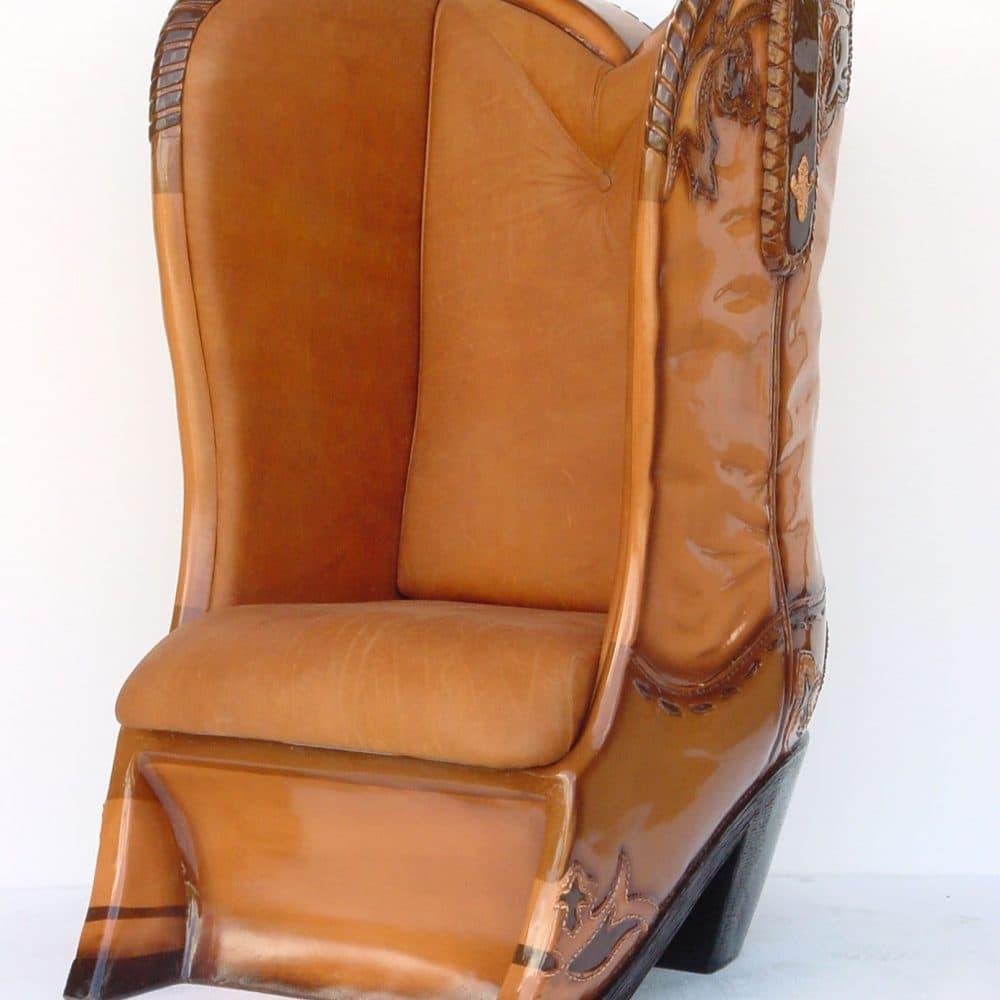 כורסא מגף מעור