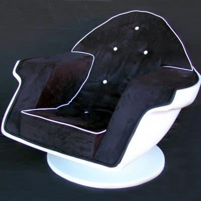כורסא חצי ביצה