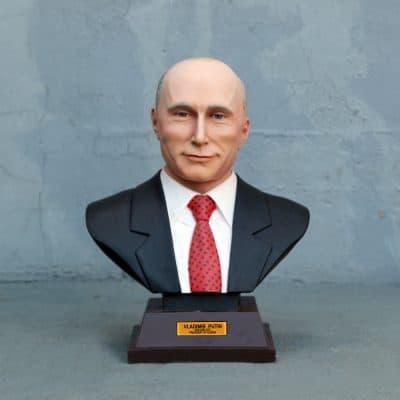 פסל של ולדימיר פוטין