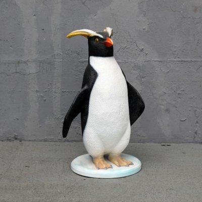 פסל של פינגווין קטן