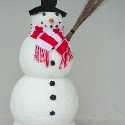 פסל של איש שלג
