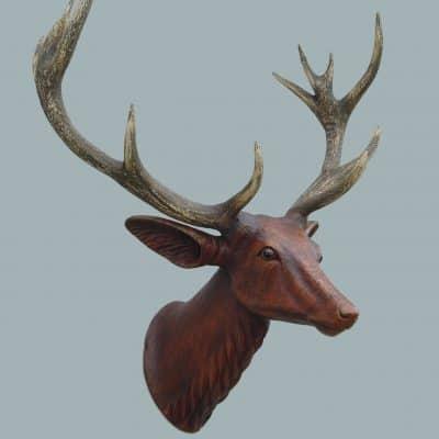 פסל ראש צבי קרניים