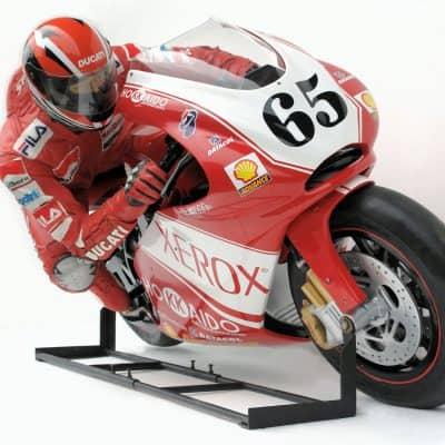 דגם אופנוע מירוצים