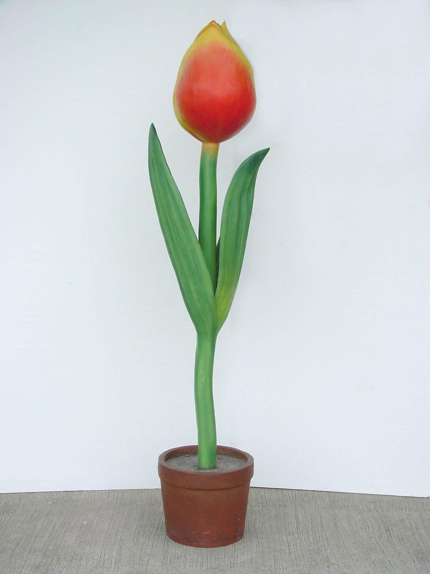 פסל פרח צבעוני ענק