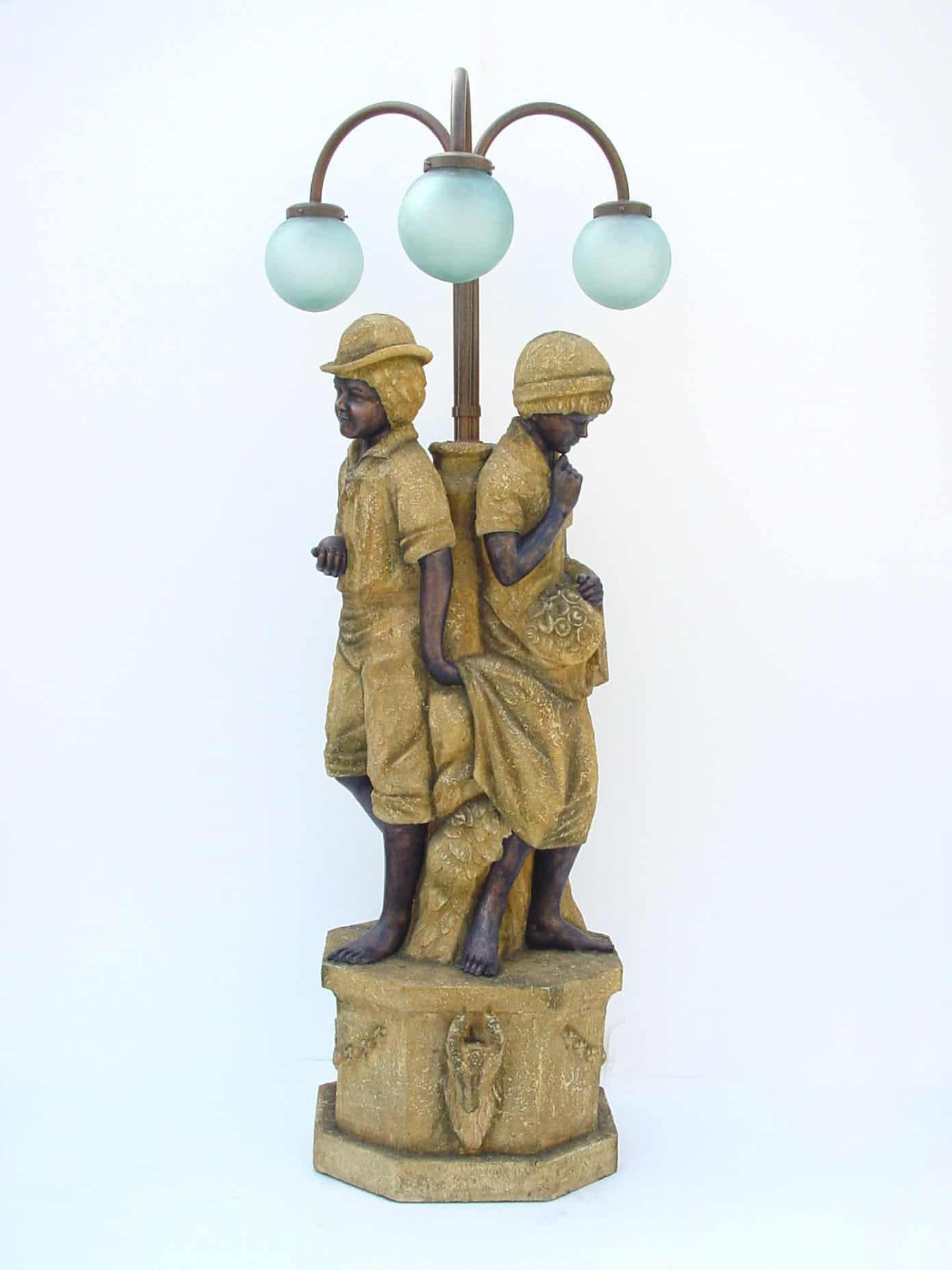 מנורת ילדים דמוי אבן