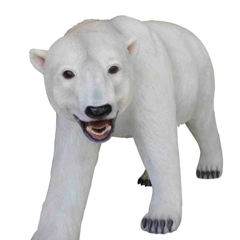 WALKING POLAR BEAR 1