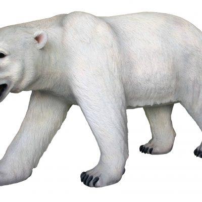 פסל של דוב קוטב לבן הולך