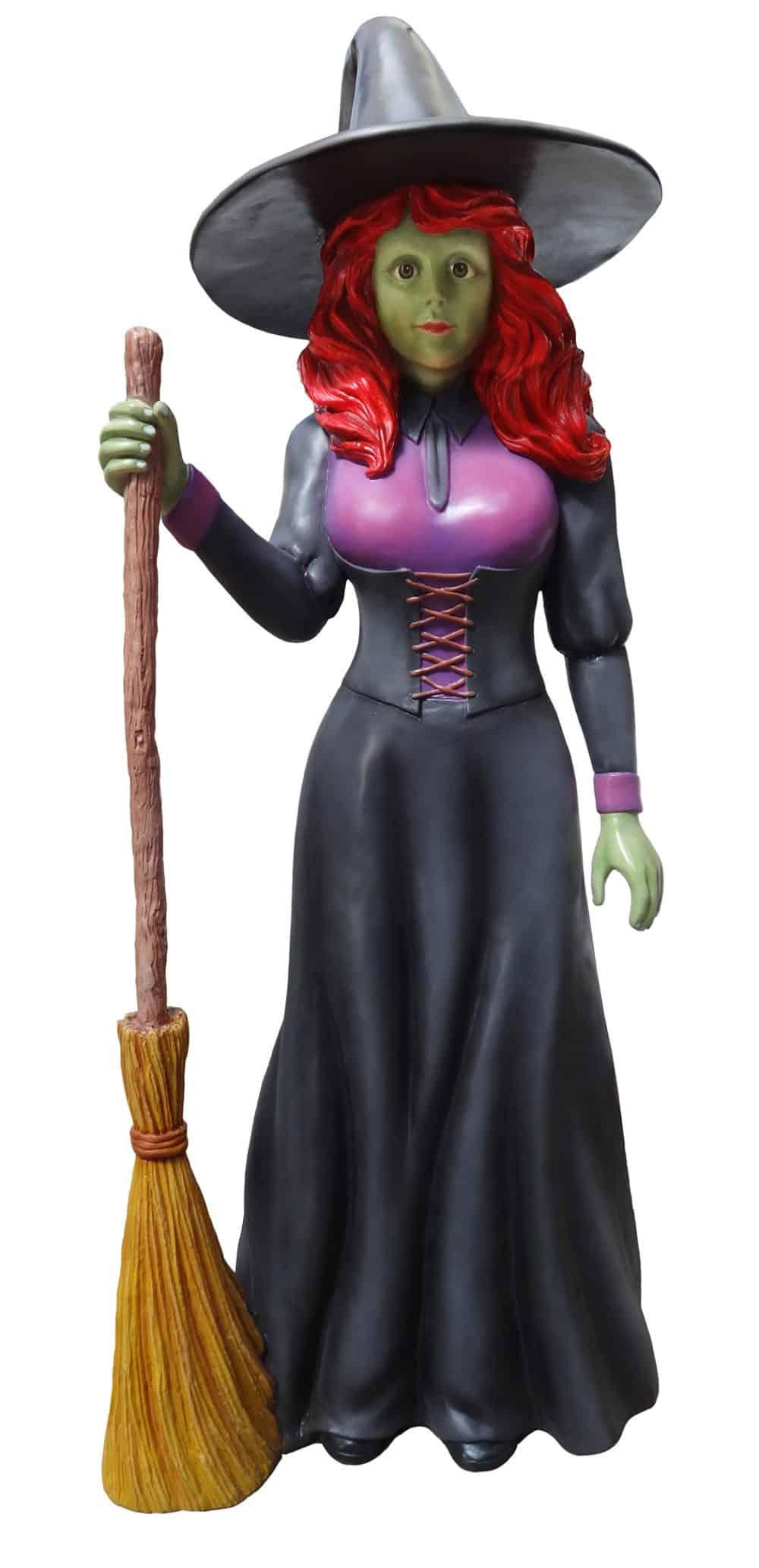 פסל של מכשפה ומטאטא